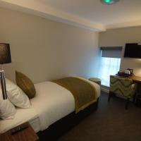 New Park Hotel, hotel in Carmarthen