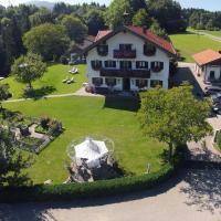 Gästehaus Lechner, hotel in Bernau am Chiemsee
