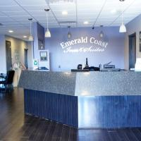 Emerald Coast Inn & Suites, hotel in Fort Walton Beach