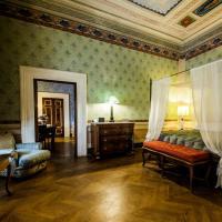 Palazzo Rocchi, отель в Лукке
