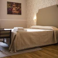 Hotel Navy, hotel a Livorno