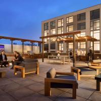 Global Luxury Suites on Folsom Street
