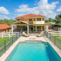 Charming Brisbane Acreage Pool, hotel em Thornlands