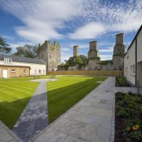 Castlemartyr Holiday Mews 3 bed, hotel in Castlemartyr