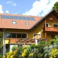 Ferienwohnungen Urbanitsch, Hotel in Klöch
