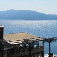 Kamelot Hotel, hotel in Pasarel