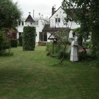 Dove House Bed and Breakfast, hotel in Cheltenham