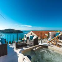 Sunshine Apartment with Hot Tub