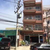 Naithon Beach Service Apartment, hotel in Nai Thon Beach