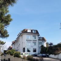 Russell Court Hotel, hotel u Bournemouthu
