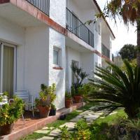 Hostal Casa Torrent, hotel en Canet de Mar
