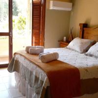 Host Balneario Ipora, hotel in Poblado Echeverry