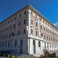 Nuovo Albergo Operai, отель в Монфальконе