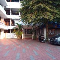 Hotel Peacock, отель в Коваламе