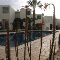 Evros Peyia & Coral Bay Seaview Apartment, hotel in Peyia
