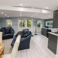 The Lodge, Gravesend