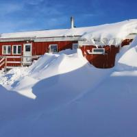 The Red House, hotel in Tasiilaq