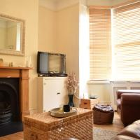 1 bedroom apartment right by Clapham