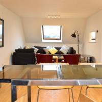 Modern and open-plan maisonette by Chalk Farm