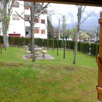 Apartamento en las montañas del pirineo aragonés en Alquiler Altruista, hotel in Villanúa