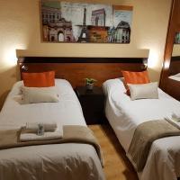 Aqua Rooms Sarria, hotel in Sarria