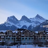 Sunset Resorts Canmore and Spa, hotel em Canmore