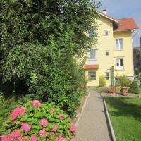 Haus Basilea, hotel in Wolfhalden