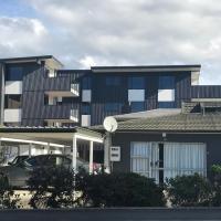 Riverwalk Apartments, hotel in Nelson