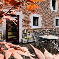 Cozy Holiday Home in Richelle with Terrace, hotel in Richelle