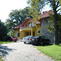 Klára Villa, hotel in Balatonboglár