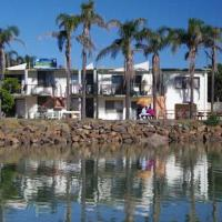 Beachfront 5, 25 Willow Street