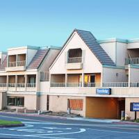 Travelodge by Wyndham Ocean Front, hotel in Sunset Beach