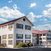 Super 8 by Wyndham Sevierville Riverside, hotel in Sevierville