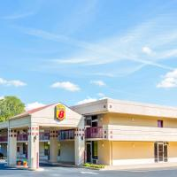 Super 8 by Wyndham Commerce, hotel in Commerce