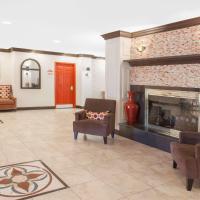 Hawthorn Suites by Wyndham Detroit Warren, hotel in Warren