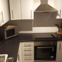 Dragon - McCulloch House 2 Bedroom Home, hotel in Uddingston