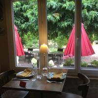Hostellerie du Vieux Moulin, hotel in Autun