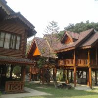 Namsong Bridge Bungalows, hotel in Vang Vieng