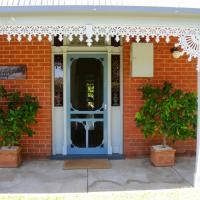 Kilparney House, hotel in Benalla