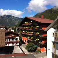 Hotel Tiroler Adler Bed & Breakfast