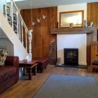 Pitcaithly Cottage, hotel in Abernethy