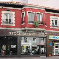 Pensión Jade, hotel in Castro-Urdiales