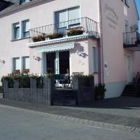 Gästehaus Alexanderhof, Hotel in Leiwen