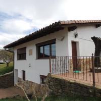 Garai Etxea, casa adosada en la montaña