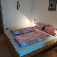 Apartment Max, hotel in Mendola