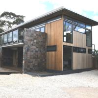 Malting Lagoon Guest House and Brewery, hotel em Coles Bay