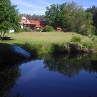 Agro - Dom Wsrod Lasow, hotel in Trzcianka