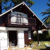 Casa de Madera Sobre el Mar, hotel in Nigrán