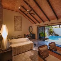 Crown Beach Resort & Spa, hotel in Rarotonga