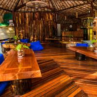 Coconut Guest House, hotel in Maungmagan